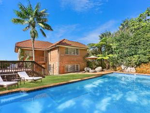 Grand Coastal Residence For Family Living - 670sqm Block with 15M Frontage - Vaucluse