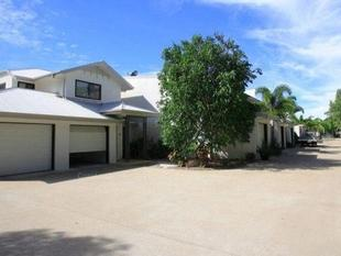 Superb Beachside Townhouse - Urangan