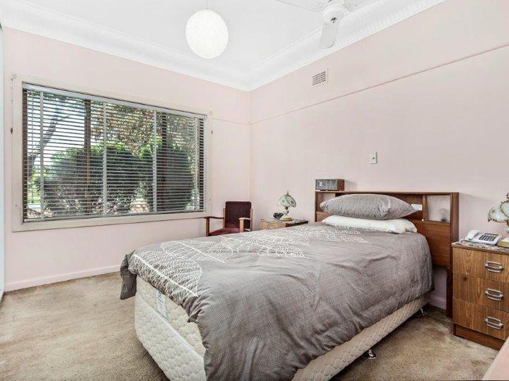 27 Earls Avenue, Riverwood, NSW