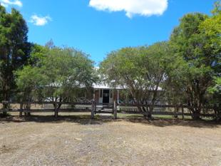 Cozy Queenslander - minutes from Beaudesert CBD - Gleneagle
