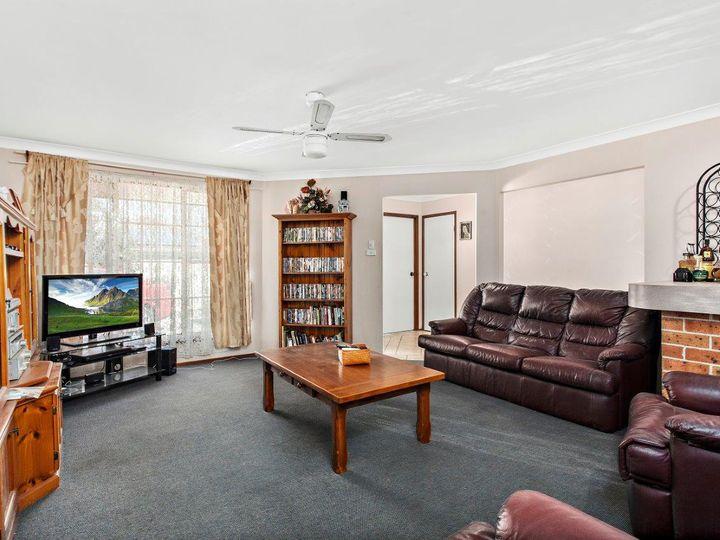 4 Spoonbill Place, Albion Park Rail, NSW