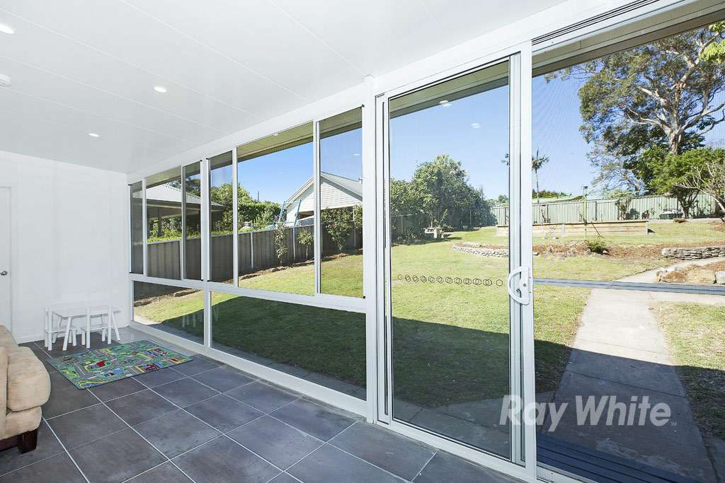 8 Hely Avenue, Fennell Bay, NSW 2283