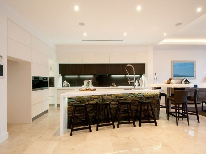 50 Knightsbridge Parade West, Sovereign Islands, QLD