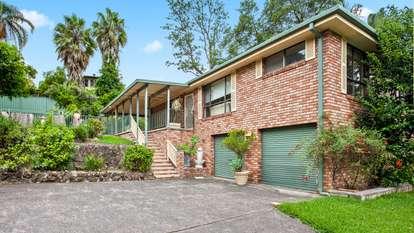 9 Sunnyhills Terrace, Berkeley Vale