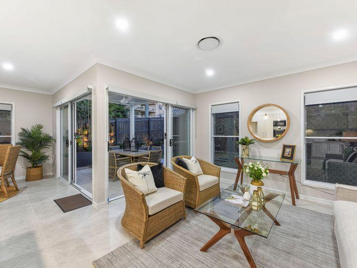 2 Wattle Avenue, Carina, QLD