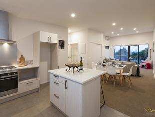Contemporary Living In The Heart Of Papatoetoe - Papatoetoe