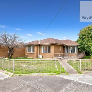 Thumbnail of 19 Windermere Crescent, Gladstone Park, VIC 3043