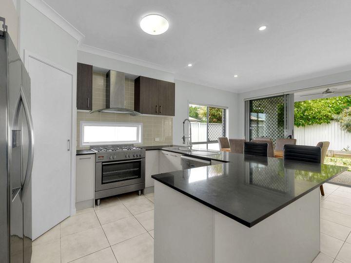 22 Aldritt Place, Bridgeman Downs, QLD
