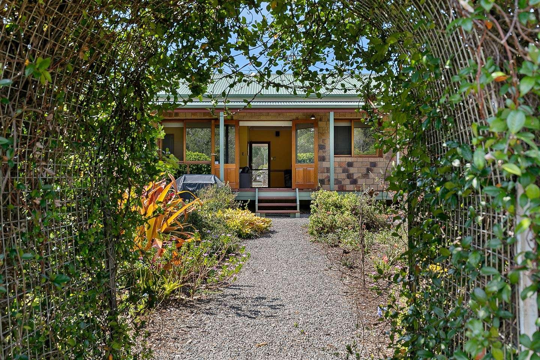 27 Newfarm Place, Takura, QLD 4655