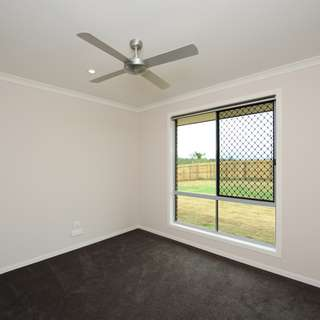 Thumbnail of 10 Florey Place, Kirkwood, QLD 4680