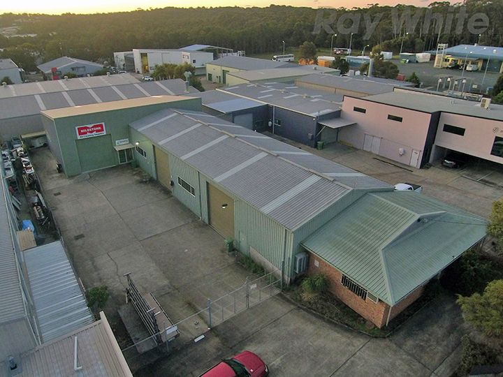 2/12 Industrial Avenue, Caloundra West, QLD
