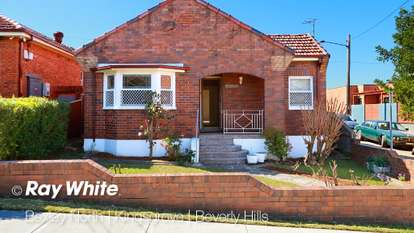 2 Warrawee Place, Beverly Hills
