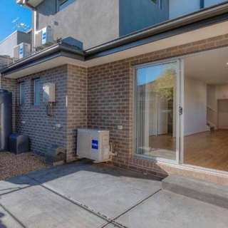 Thumbnail of 1/8 O'Connell Street, Kingsbury, VIC 3083