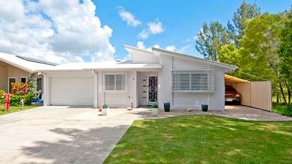 Villa 32 Palm Lakes, Waterford