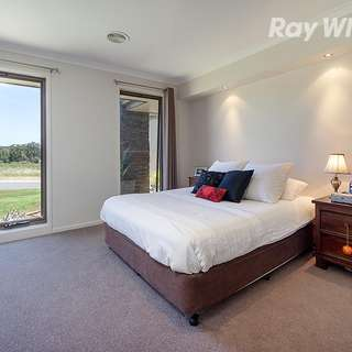 Thumbnail of 7 Lawson Circuit, Lavington, NSW 2641
