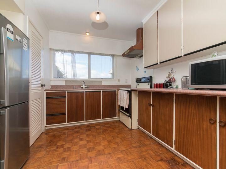 214 Methuen Road, New Windsor, Auckland City