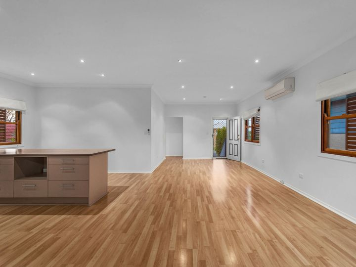 6 Mann Avenue, Northgate, QLD