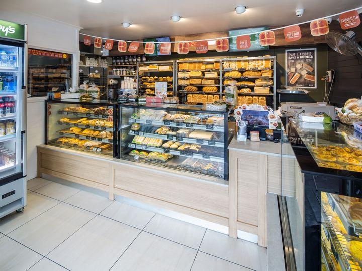 Brumbys Bakery Whitsunday, Cannonvale, QLD