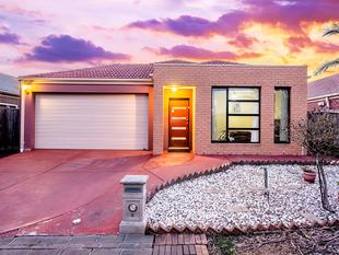 AN INCREDIBLE LIFESTYLE INVESTMENT - Lyndhurst