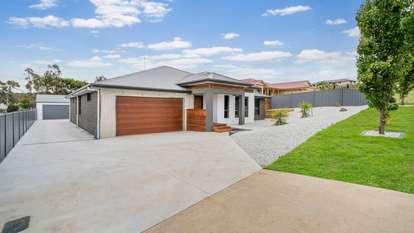 22 Minerva Drive, Perth