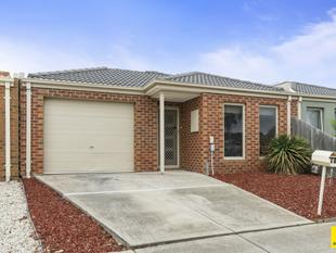 Offering a Fantastic Lifestyle & Location, 1.5km walk to EVERYTHING!! - Werribee