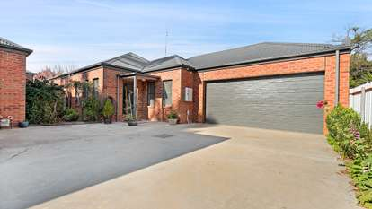 2/5 Chanter Street, Moama