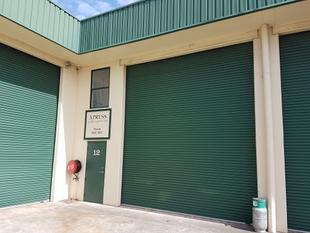 WAREHOUSE WITH EXCEPTIONAL FACILITIES - Tweed Heads South