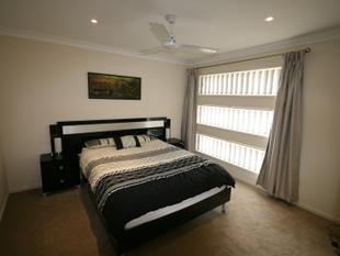 "LOCATED IN ""MODE"" EASY HIGHWAY ACCESS - North Lakes"