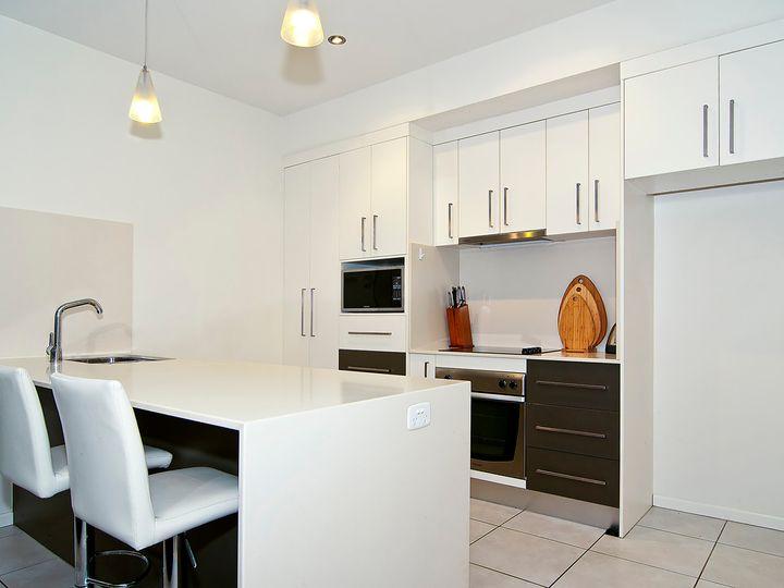 1 & 2/6 Ferguson Avenue, Buderim, QLD