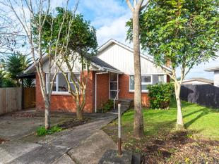 Brick and Tile, Freehold ! - Mangere