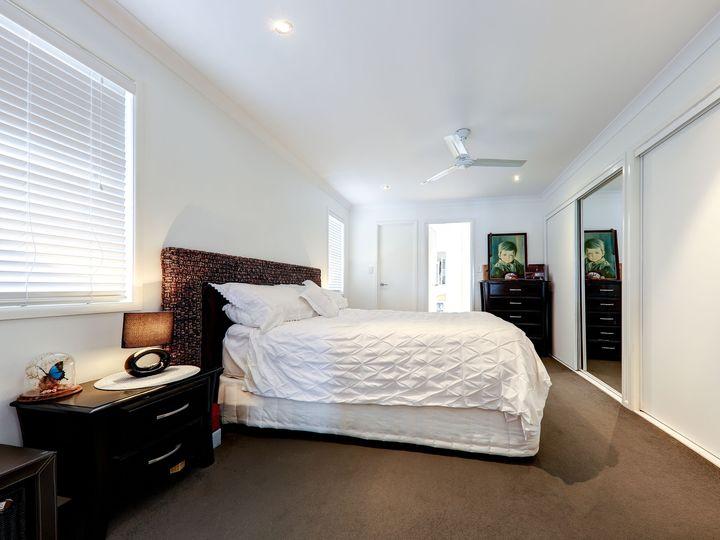 129 Bradman Avenue, Maroochydore, QLD