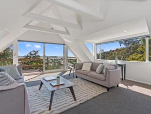 Opportunity with a Wonderful Outlook - Open Sat! - Redcliffs
