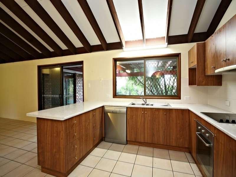 70 Raeside Street, Westlake, QLD 4074