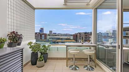 880/33 Hill Road, Wentworth Point