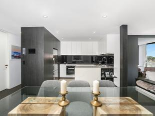 Immaculate Architecturally Designed Retreat With Stunning Views - Bondi Junction