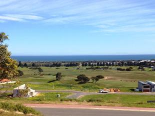 THERE ARE BEAUTIFUL VIEWS AND THEN THERE IS 12 CHERRY HILLS, THE LINKS LADY BAY GOLF COURSE! - Normanville