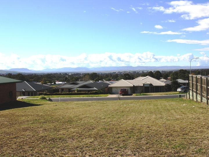 23 Capital Drive, Rosenthal Heights, QLD