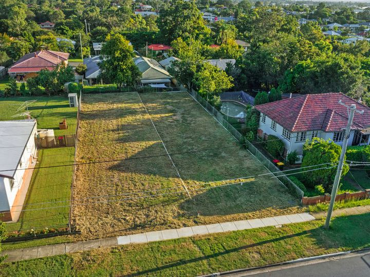 19 Hammersmith Street, Coopers Plains, QLD