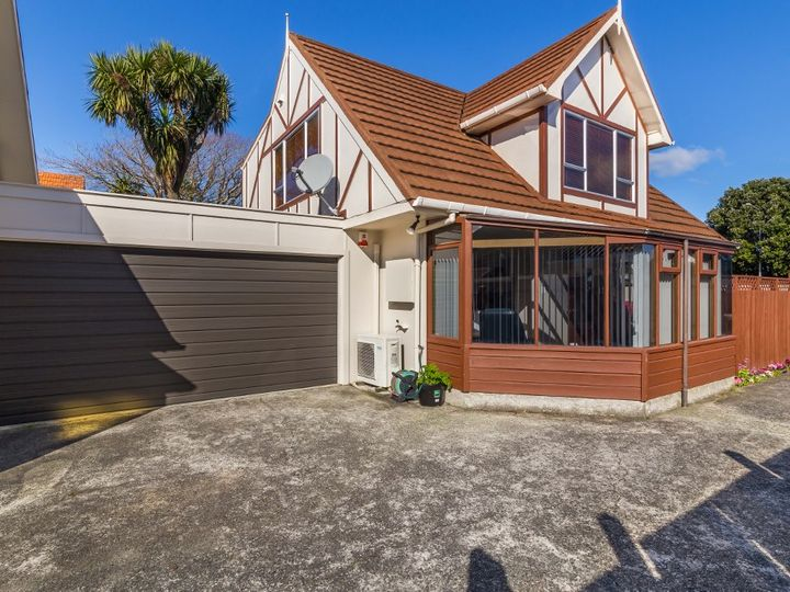18 Wai-iti Crescent, Woburn, Lower Hutt City
