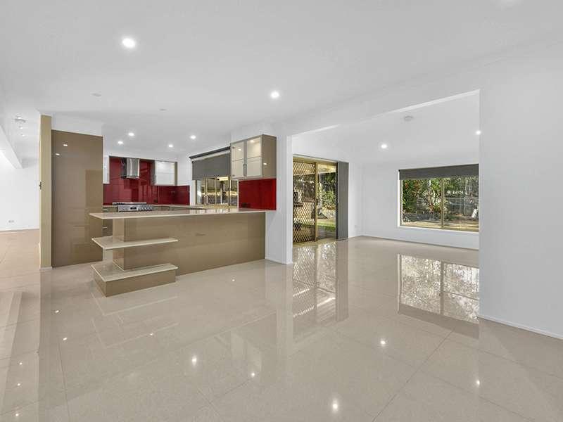 19 Galaxy Street, Bridgeman Downs, QLD 4035