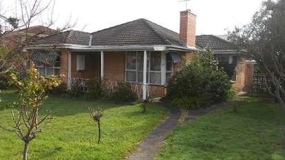 19 Emerald Street, Mount Waverley
