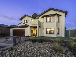 Prestigious Home In Highly Desirable Wattle Grove Estate! - Werribee