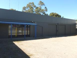 COMMERCIAL SITE WITH VERSATILITY - FOR LEASE - Clare