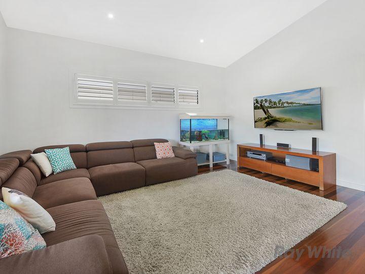 11 Edith Street, Deagon, QLD
