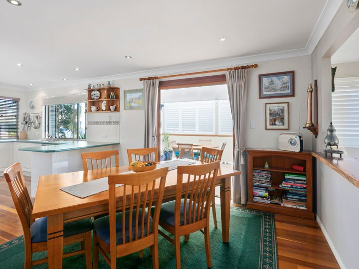 169 Ernest Street, Manly, QLD