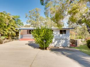 IDEAL HOME FOR THE ENTERTAINER...WALK TO SCHOOL...TO BE SOLD AT AUCTION - Sun Valley