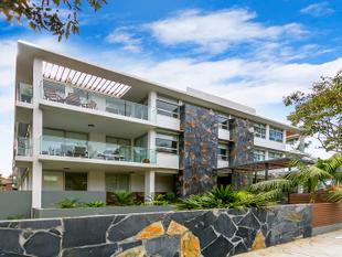 Luxury 2 bed Apartment - Narrabeen