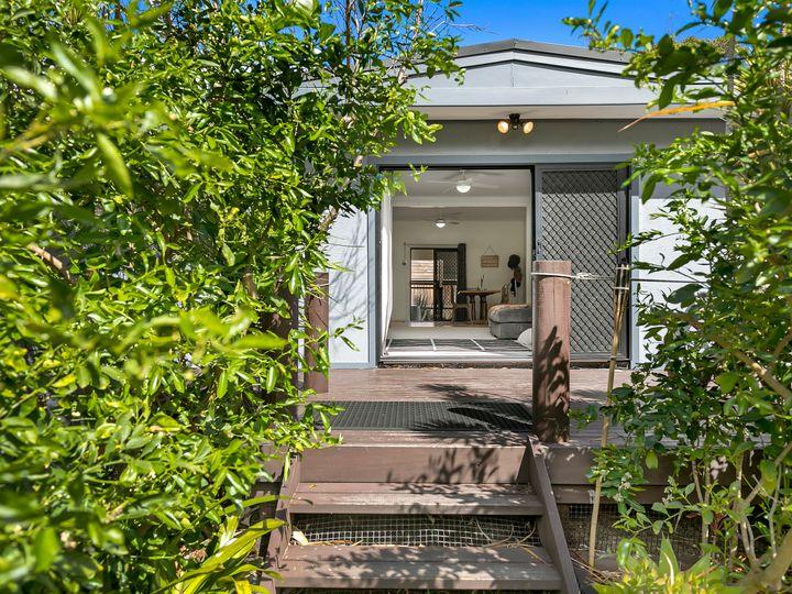 21 Bateau Bay Road, Bateau Bay, NSW