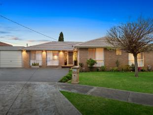 Charming family home with plenty of room to entertain - Lalor