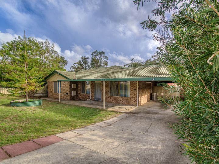 3 Bolton Way, Orelia, WA